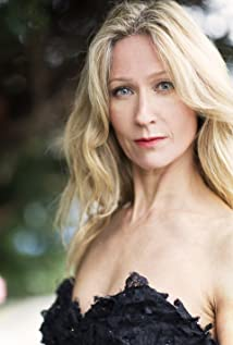 Angela Dixon Picture