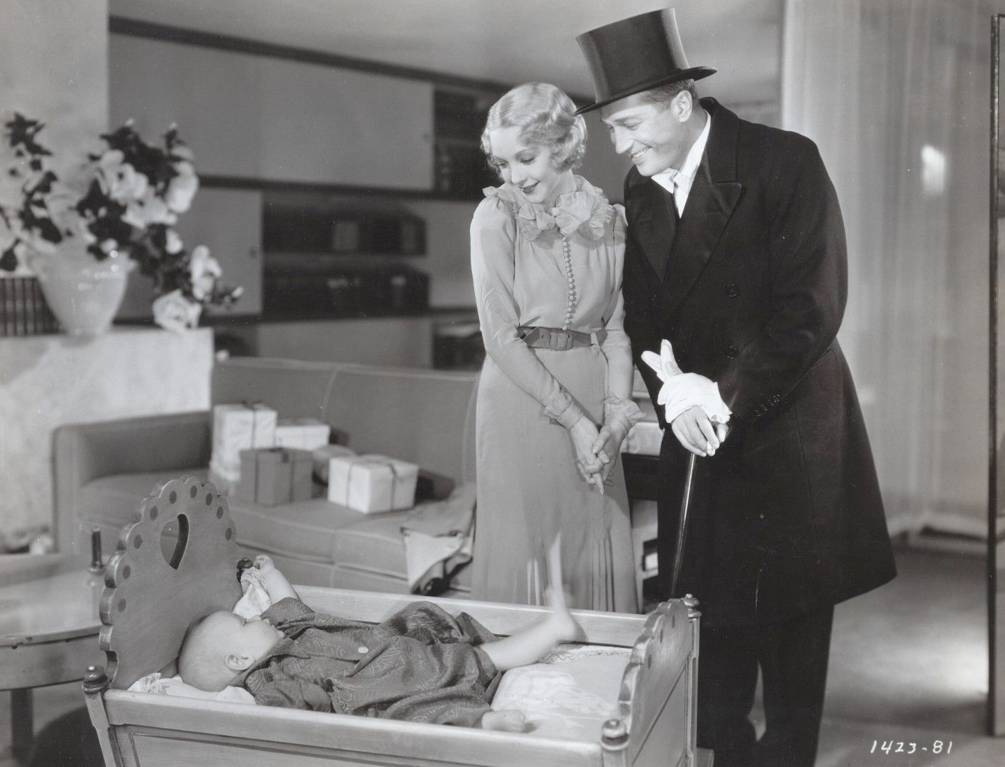 Maurice Chevalier, Baby LeRoy, and Helen Twelvetrees in A Bedtime Story (1933)