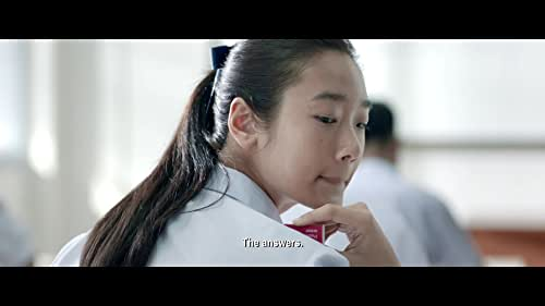 Welcome to an exam-cheating business run by Lynn (Chutimon Chuengcharoensukying), a straight-A student who gets the idea for her business after helping Grace (Eisaya Hosuwan) and Pat, (Teeradon Supapunpinyo). Grace is a prominent school activist who can't get the grades she needs. Pat is a filthy-rich boy who believes money can buy anything. Lynn's business skyrockets and the money starts to flood in as scores of students offer her cold hard cash in exchange for exam answers.  One day, Lynn is offered the opportunity to make millions of Baht. It is Pat and Grace who devise a plan for her to take the STIC test, an international standardised test for students wanting to enrol in the world's leading universities. The test is scheduled to take place on the same date and same time at locations all over the world.  Although it will be extremely difficult to pull off, their plan is for Lynn to fly to a country in a time zone that's ahead of Thailand, and then send the answers back to her customers. The only setback is that they need another genius scholar to help them pass on the answers in Thailand, and the only person that fits the profile is Bank (Chanon Santinatornkul), Lynn's scholarship-student rival who staunchly detests cheating of any kind.  What will Lynn do to convince Bank to overcome his moral dilemma and help them? How BAD will this GENIUS become?