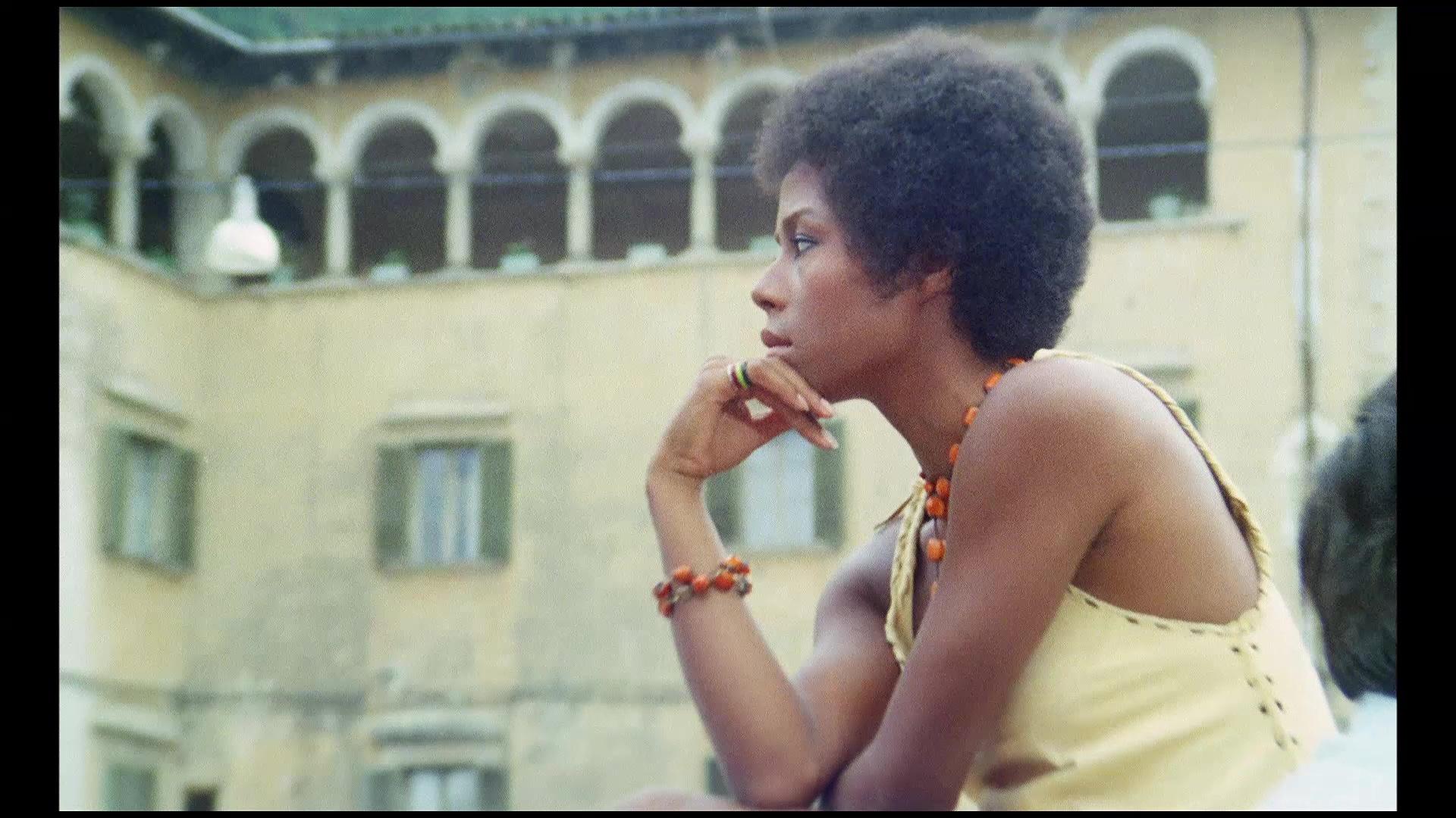 Carla Brait Nude Photos 48