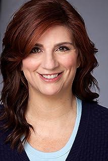 Lisa Skvarla Picture