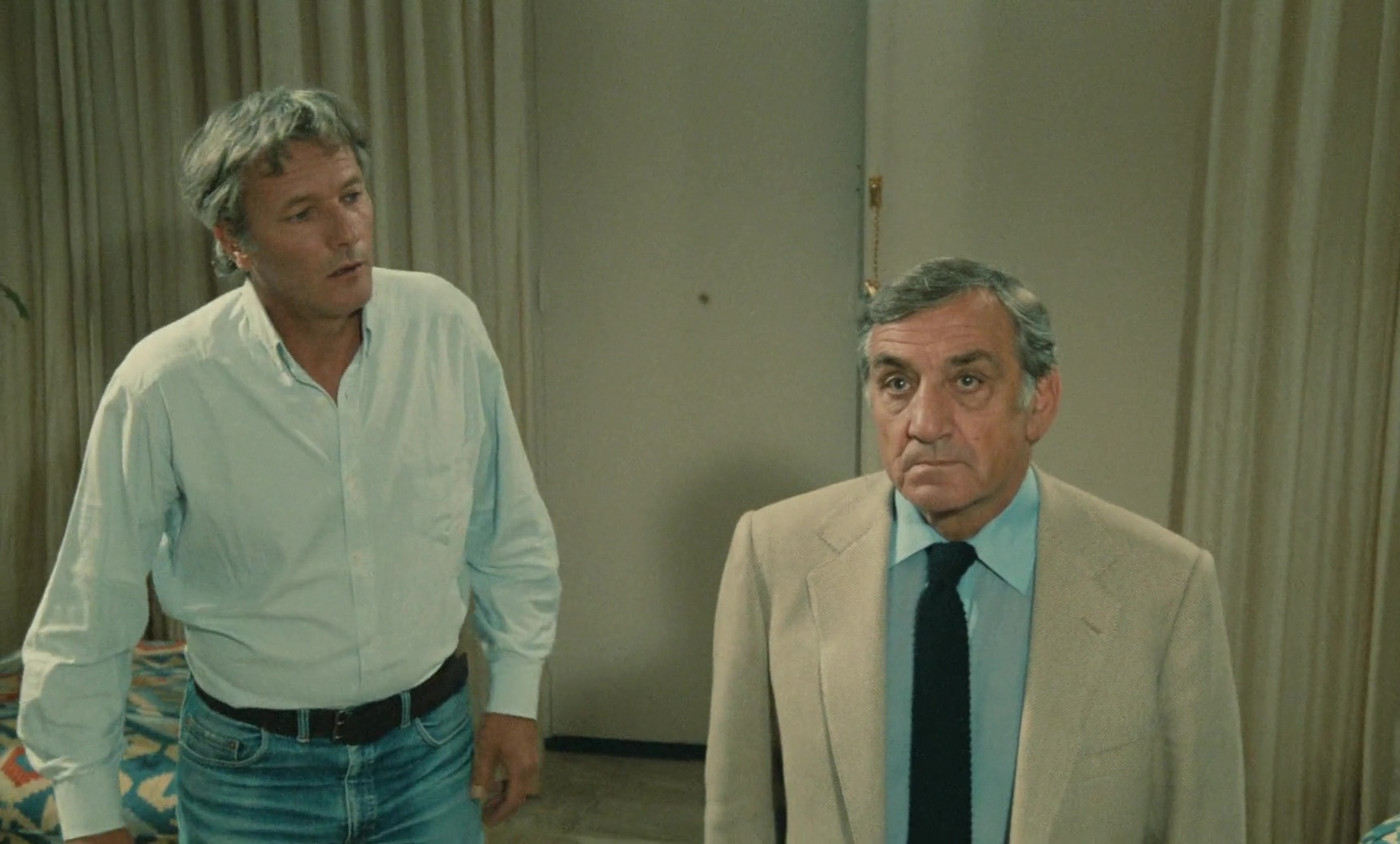 Lino Ventura and Vania Vilers in La 7ème cible (1984)
