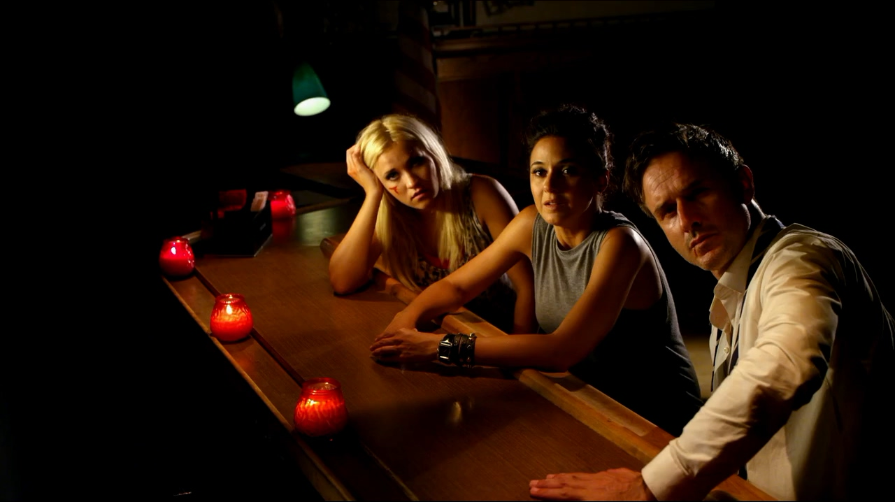 David Arquette, Emmanuelle Chriqui, and Emily Osment in Cleaners (2013)