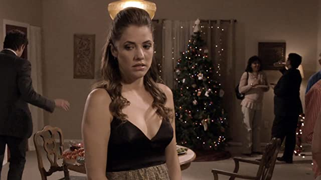 Title Tt1942787 Mediaviewer Rm1787655936 Tr Julie Gonzalo In 3 Holiday Tails