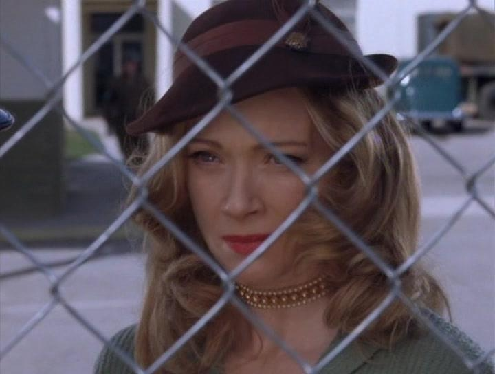 Lauren Holly in In Enemy Hands (2004)