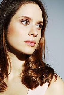 Daphne Patakia Picture