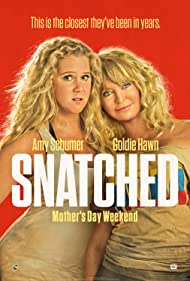 Goldie Hawn and Amy Schumer in Snatched (2017)