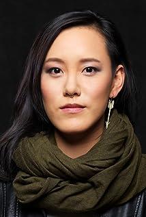 Anne Hu Picture