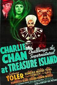 Cesar Romero, Pauline Moore, Sidney Toler, and Wally Vernon in Charlie Chan at Treasure Island (1939)