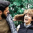 Ecem Özkaya and Emre Kivilcim in Kim Daha Mutlu? (2019)