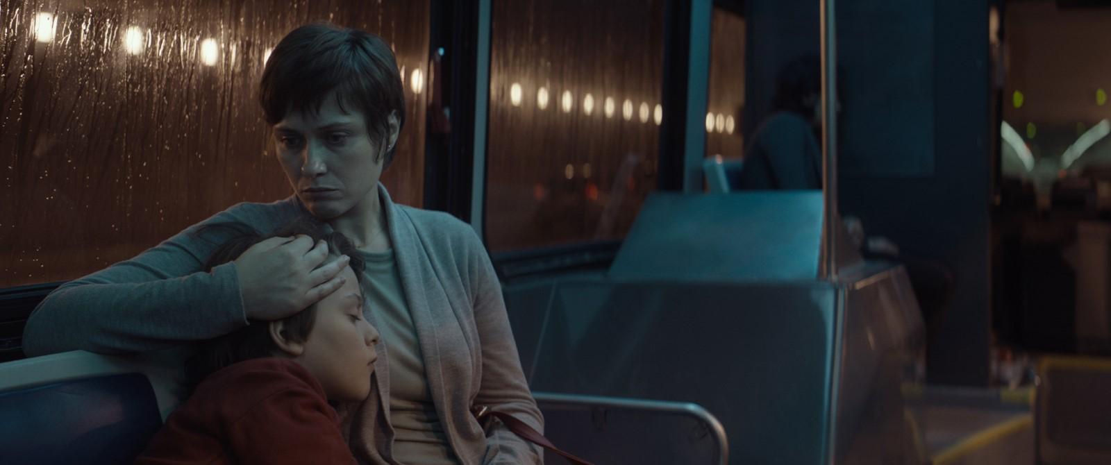 Luna de miere - Lemonade (2018) Online Subtitrat in Romana