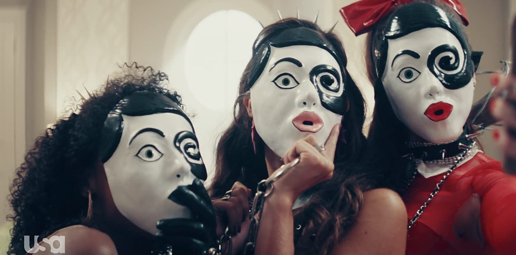 Still of Alexa Ketchum, Lacy Hartselle, Raquel Ascension in The Purge