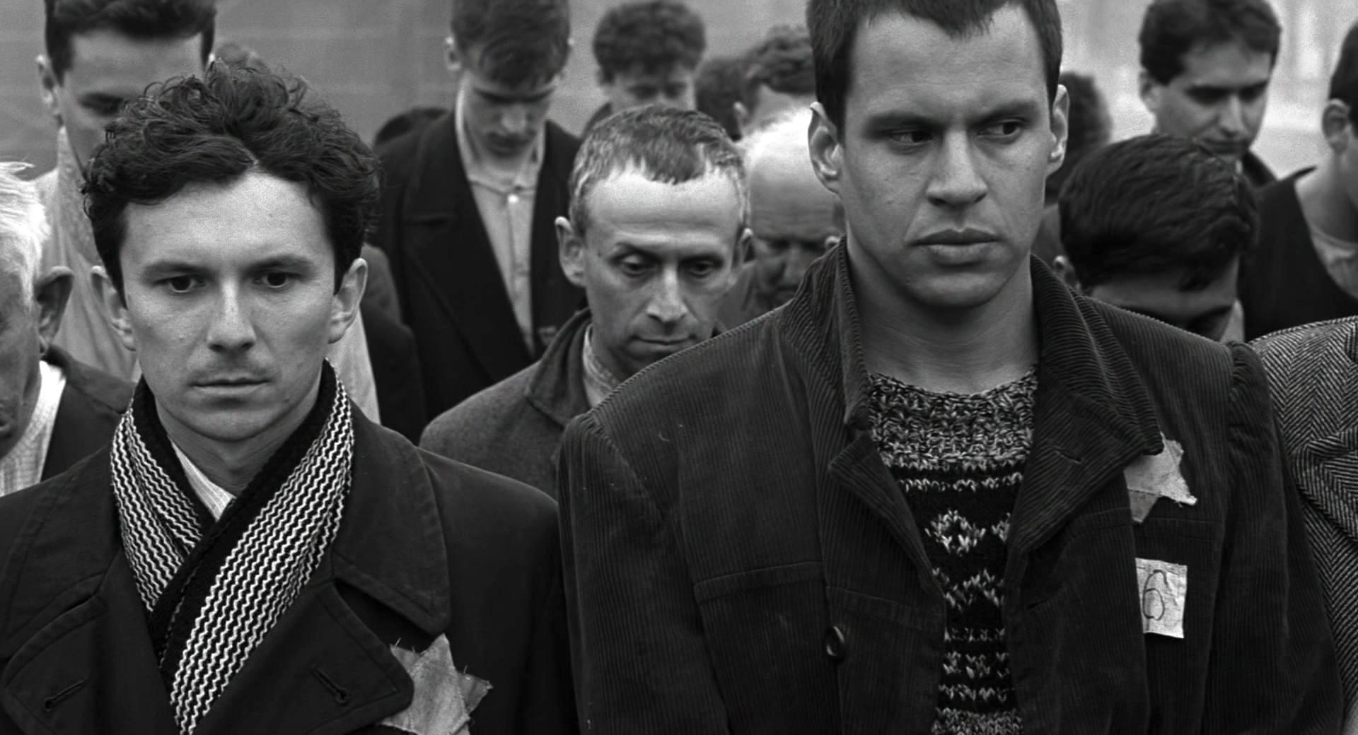 Jonathan Sagall and Jacek Wójcicki in Schindler's List (1993)