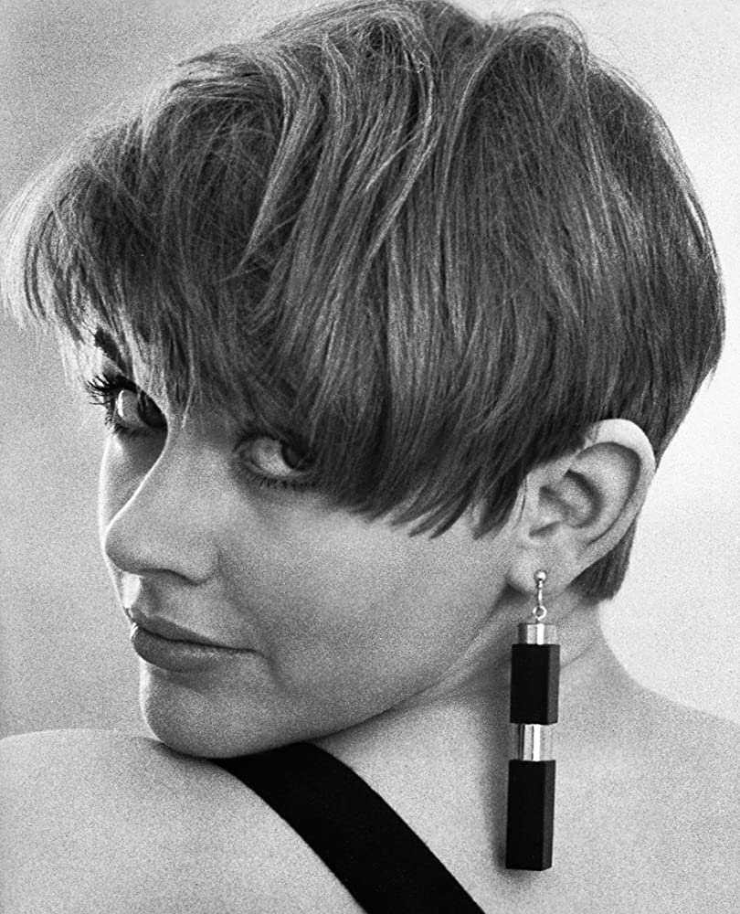 Linzey Cocker XXX pics & movies Rae Norman,Moira Brooker (born 1957)