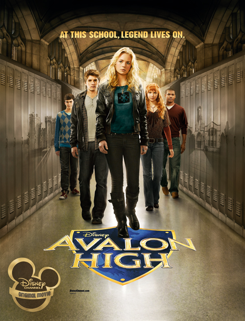 Molly C. Quinn, Britt Robertson, Chris Tavarez, Gregg Sulkin, and Joey Pollari in Avalon High (2010)