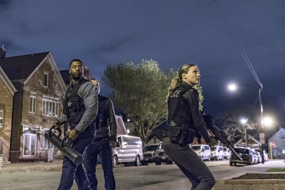 Patrick John Flueger, Tracy Spiridakos, and LaRoyce Hawkins in Chicago P.D. (2014)