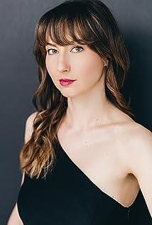 Sarah Kolasky Picture