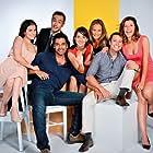 Álvaro Morales, Viviana Rodríguez, Felipe Contreras, César Caillet, María José Bello, Dayana Amigo, and Celine Reymond in Eres Mi Tesoro (2015)