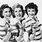 Laverne Andrews, Maxene Andrews, and Patty Andrews in Give Out, Sisters (1942)