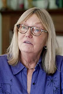 Janet Hirshenson Picture