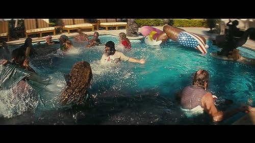 THE BEACH BUM - Greenband Trailer
