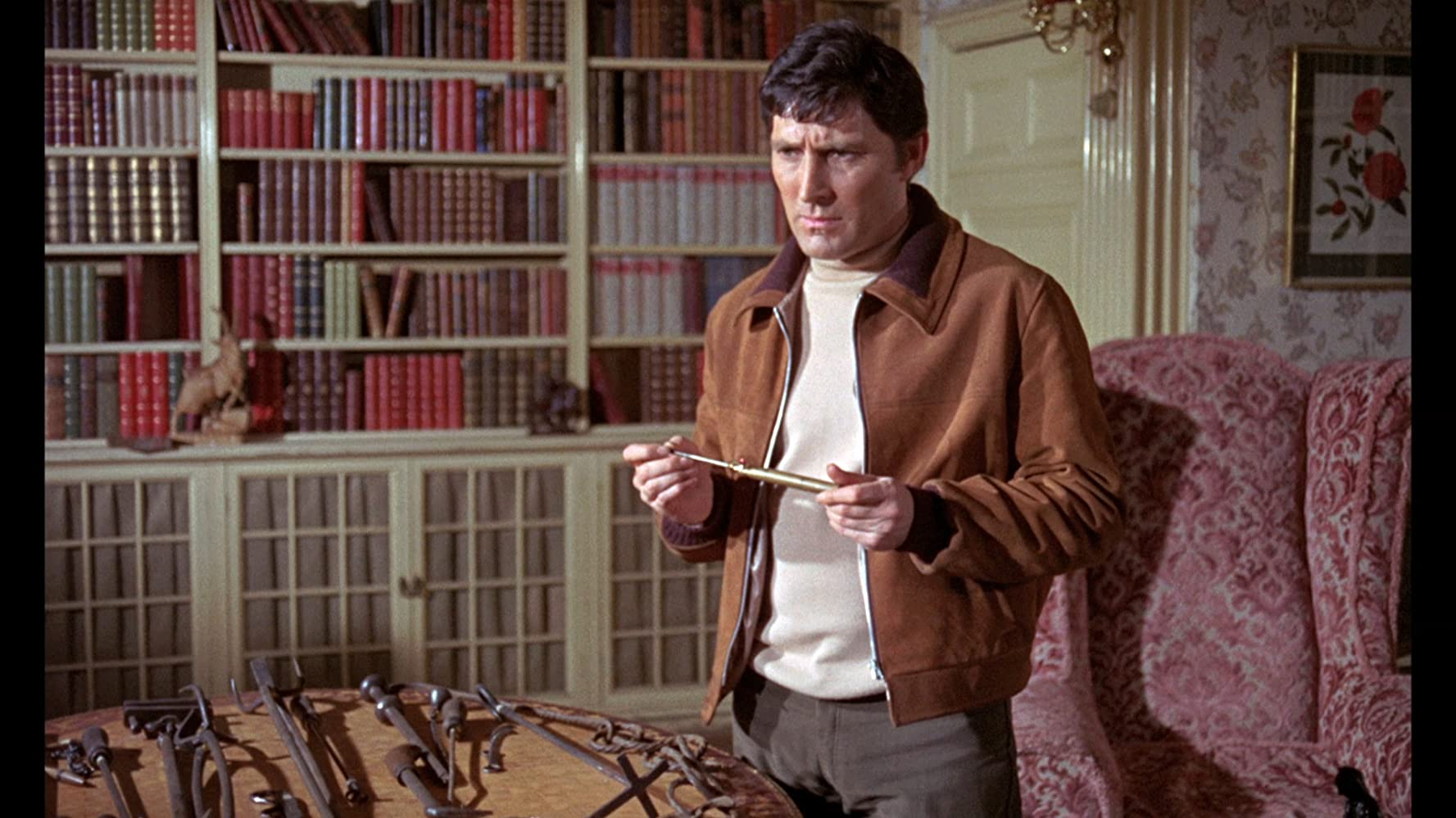 Mark Eden in Curse of the Crimson Altar (1968)