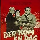 Kjeld Jacobsen, Astrid Villaume, and John Wittig in Der kom en dag (1955)
