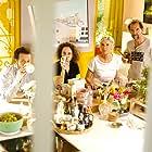 Michèle Laroque, Stéphane De Groodt, Alice de Lencquesaing, and Olivier Rosemberg in Chacun chez soi (2020)