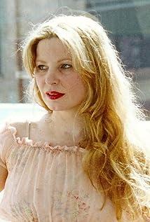 Suzanne Gullabovska Picture