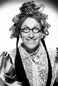 Primary photo for Arthur Askey