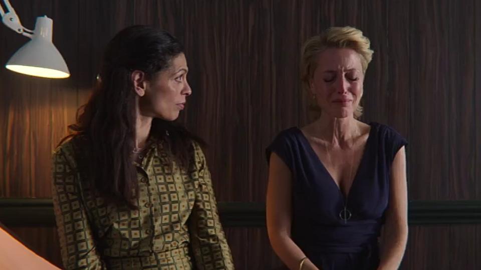Gillian Anderson in Sex Education (2019)