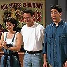 Courteney Cox, Matthew Perry, and David Schwimmer in Friends (1994)