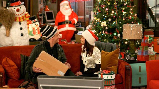 How I Met Your Mother Christmas.How I Met Your Mother How Lily Stole Christmas Tv Episode