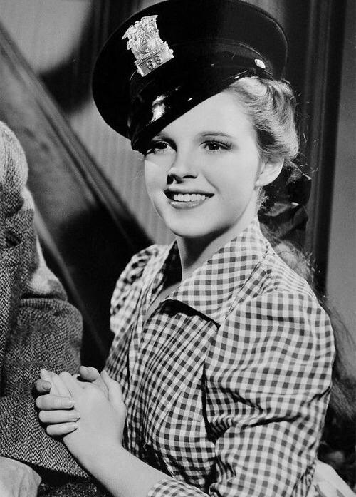 Judy Garland in Little Nellie Kelly 1940