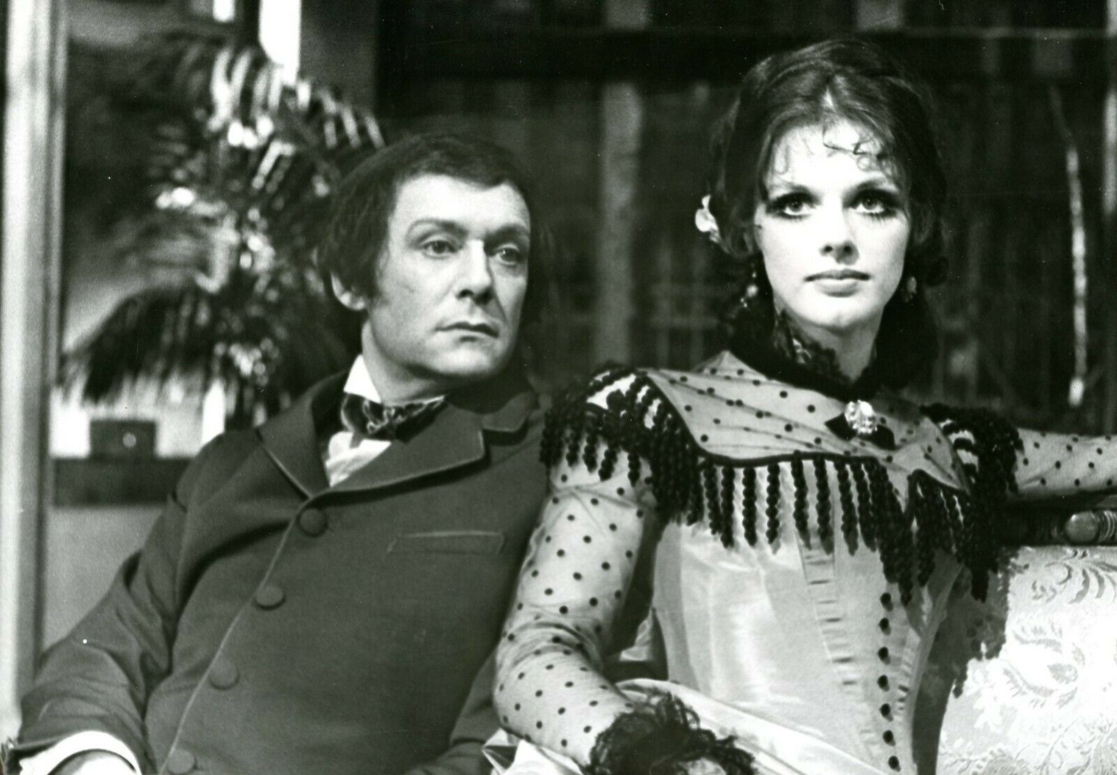 Anny Duperey and Maurice Ronet in L'heure éblouissante (1971)
