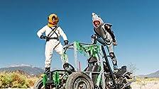 Halloween Hillclimb sull'autista della gabbia a tre ruote