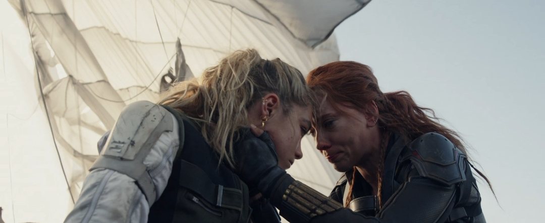 Scarlett Johansson and Florence Pugh in Black Widow (2020)