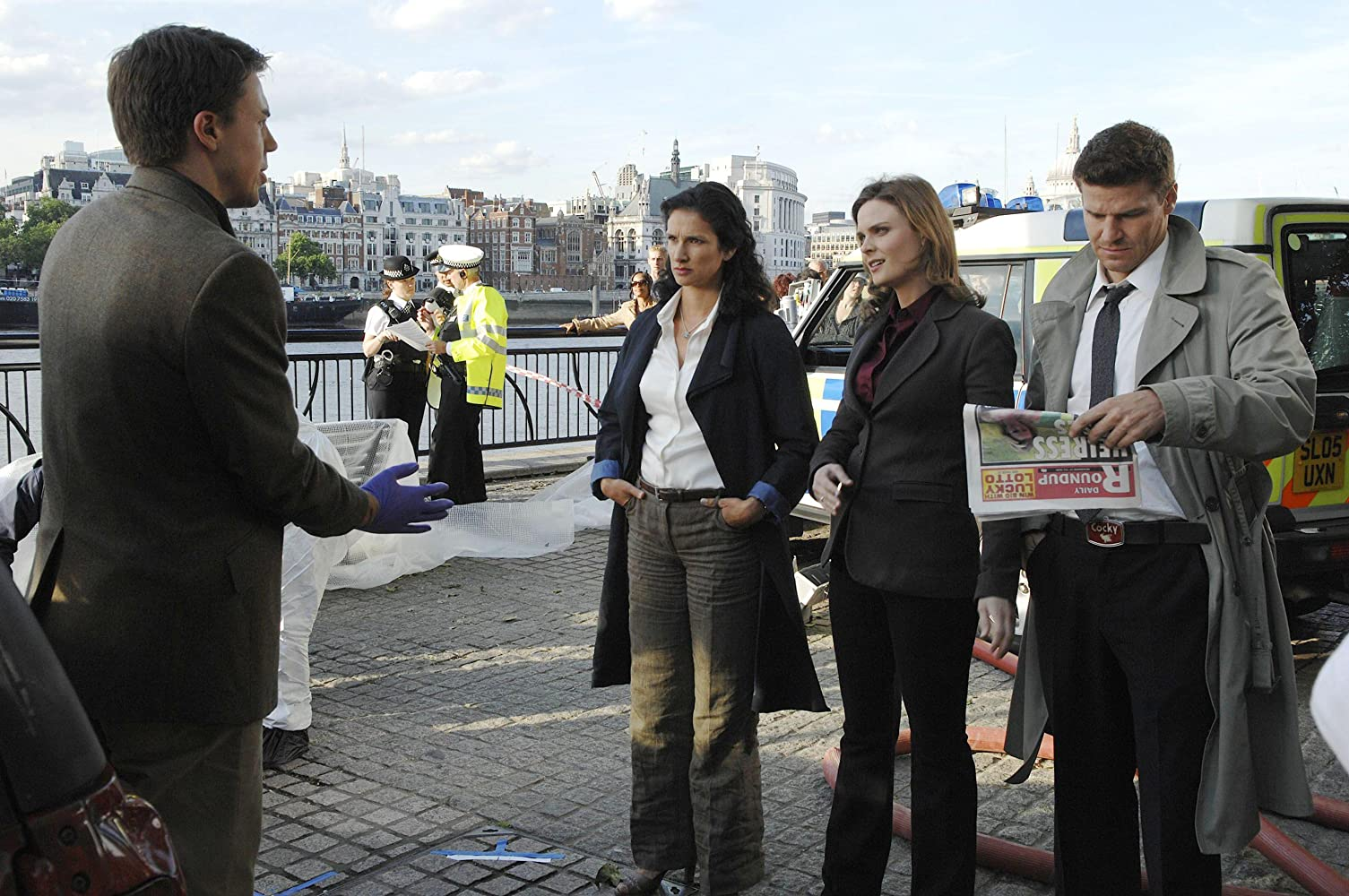 David Boreanaz, Emily Deschanel, Indira Varma, and Andrew Buchan in Bones (2005)