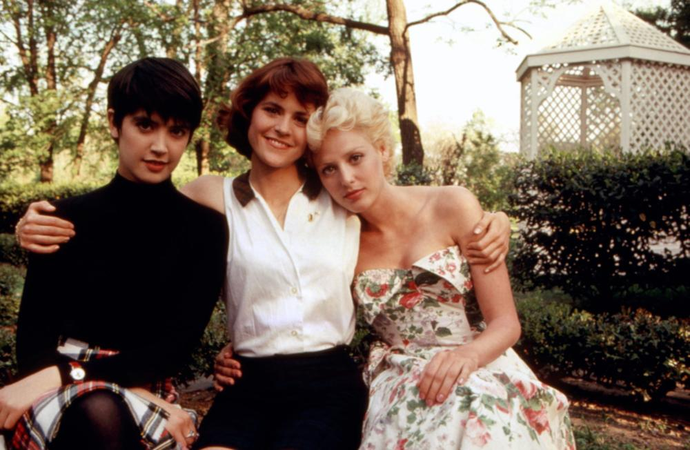 Phoebe Cates, Virginia Madsen, and Ally Sheedy in Heart of Dixie (1989)
