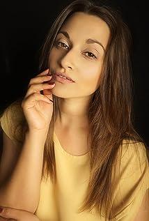 Becca Hirani Picture
