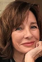 Anne Archer's primary photo
