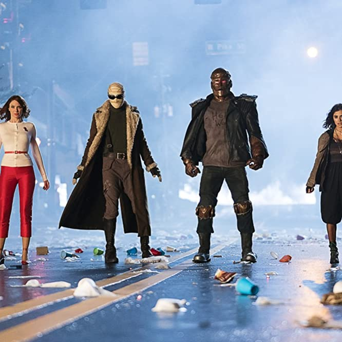Brendan Fraser, Matt Bomer, April Bowlby, Matthew Zuk, Diane Guerrero, and Riley Shanahan in Doom Patrol (2019)