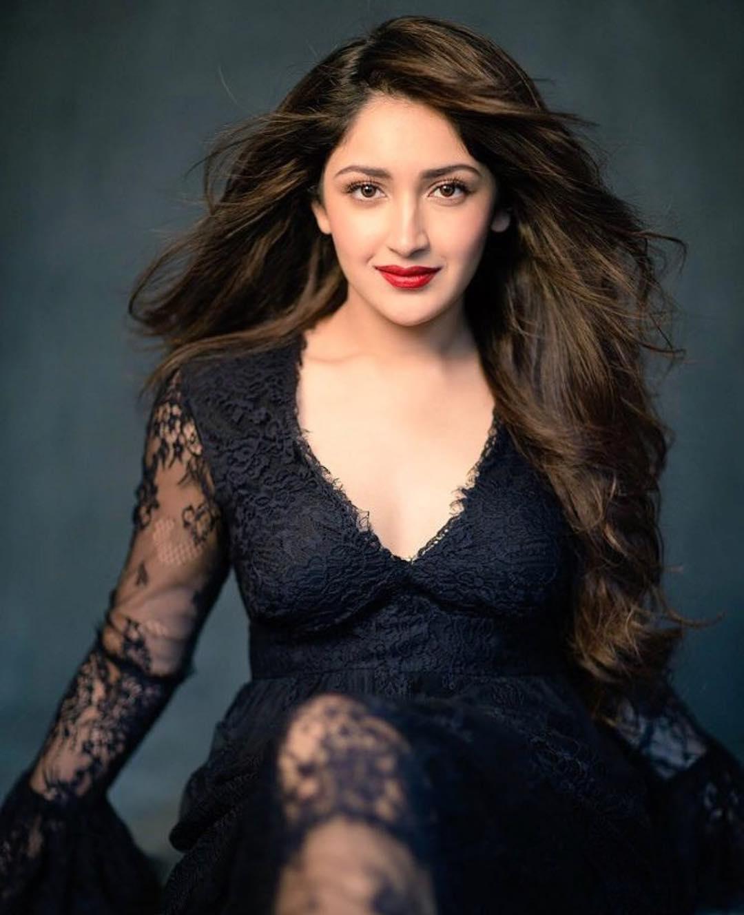 Sayyeshaa Saigal - IMDb