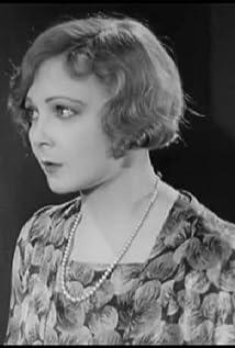 Mabel Poulton Picture