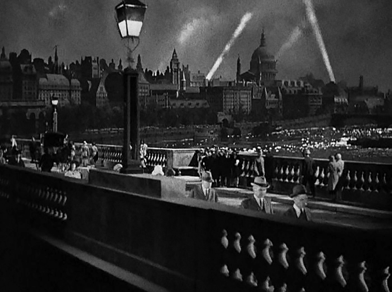 Waterloo Bridge (1931)