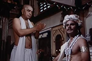 Satyadev Dubey and Ravi Jhankal in Bharat Ek Khoj (1988)