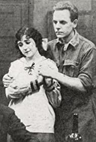 Marc McDermott and Mabel Trunnelle in Ranson's Folly (1915)