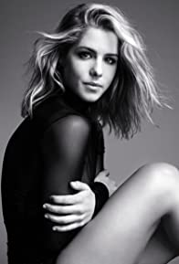 Primary photo for Emily Bett Rickards