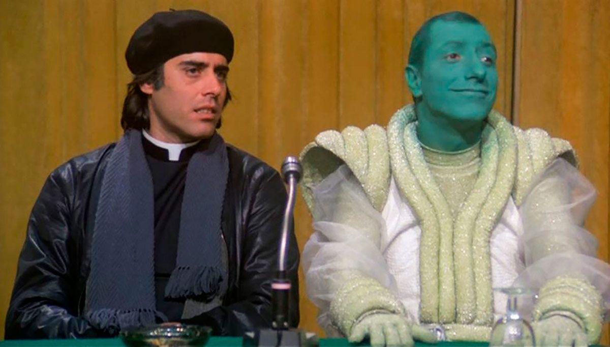 Teo Teocoli e Pippo Franco in una scena del film