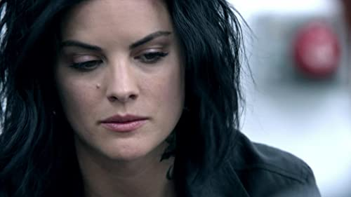 Blindspot: Jane Asks Borden If He Believes In A Killer Instinct
